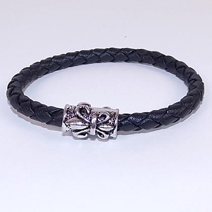 Мужские браслеты из плетеной кожи